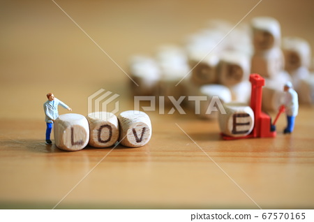 put the alphanet cubes into the word love 67570165