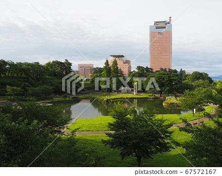 Maebashi Park Sachinoike and Gunma Prefectural Office 67572167
