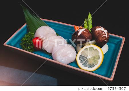 Japanese Hotate scallop meats set. 67584507