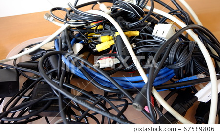 整理纏結的電纜 67589806