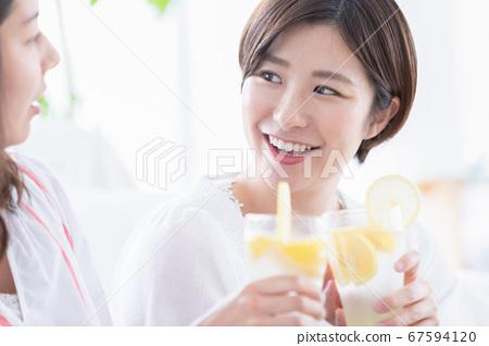 婦女協會敬酒檸檬酸 67594120
