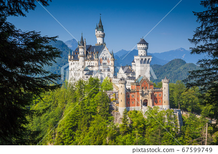 Neuschwanstein Castle, Bavaria, Germany 67599749