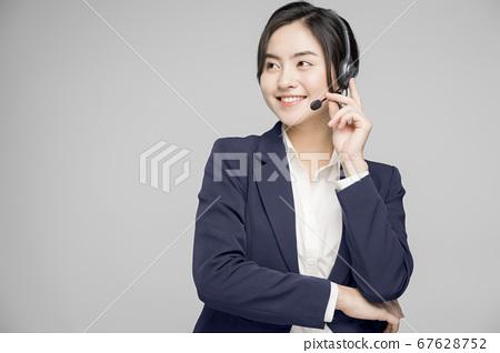 Female Business Woman CS Staff 67628752