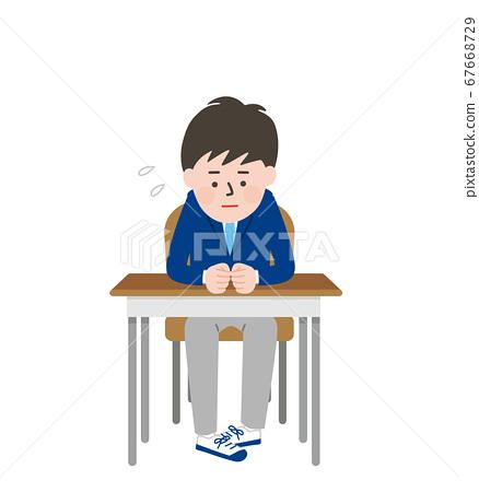 一个呆滞的男学生坐在座位上 67668729