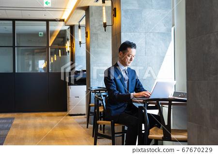 中間商人,筆記本電腦,企業形象 67670229