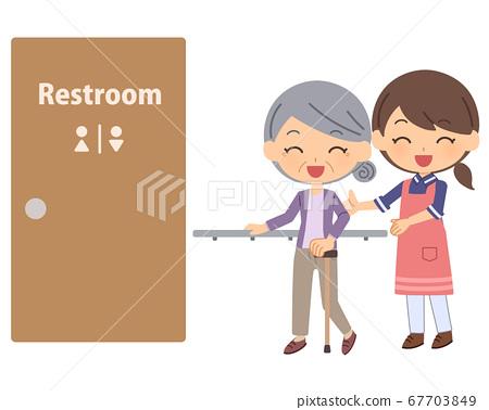 廁所協助高級女士女性 67703849