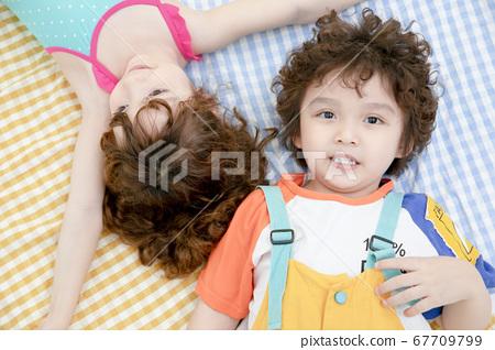 어린이 초상화 여름 67709799