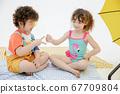 어린이 초상화 여름 67709804