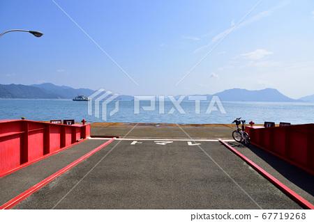 奧之島(宇佐木島)的風景和前往島的輪渡路線 67719268