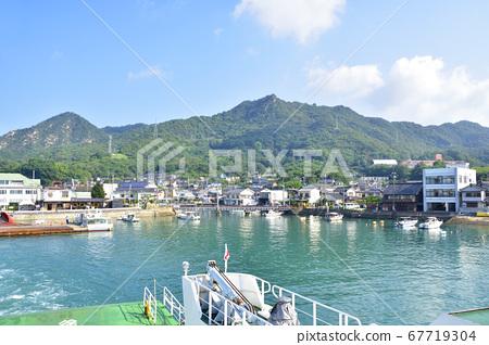 奧之島(宇佐木島)的風景和前往島的輪渡路線 67719304
