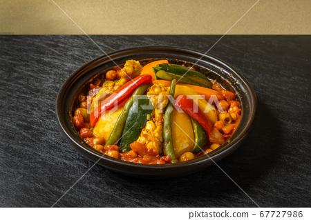 摩洛哥陶土鍋與塔吉納鍋和北非食品 67727986