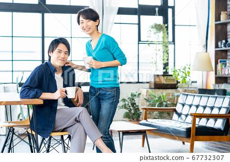 夫妻夫妻家庭生活生活方式休閒 67732307