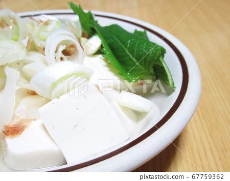 cold tofu 67759362