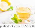 hot lemon tea 67770934