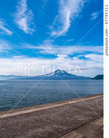 Kagoshima Prefecture Aira City Kinko Bay and Sakurajima 67795311