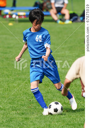 Football football 67875019