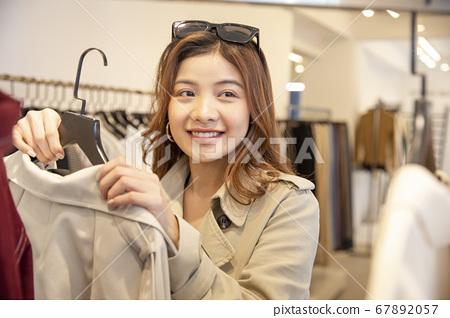 女性購物 67892057