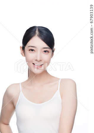 Beauty Portrait Of Young Asian Woman 67903139