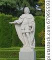statue 67965593
