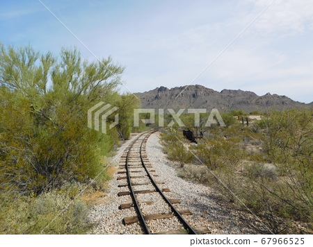 The track will go on and on 67966525