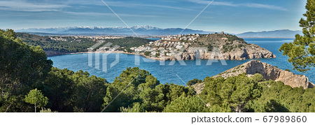 Panoramic over cala montgo where you can see the 67989860