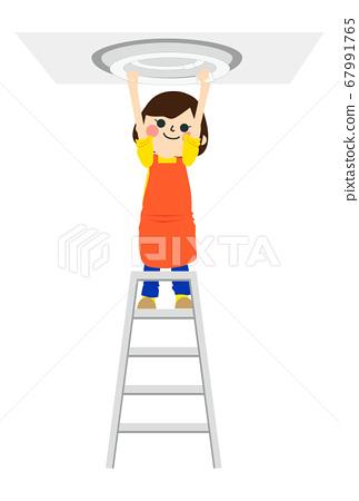 做家事的婦女 67991765