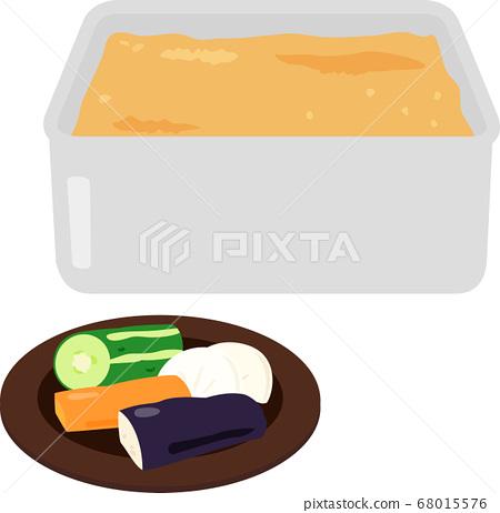 米糠醃製的蔬菜和米糠放在一個容器中 68015576
