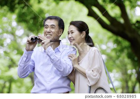 年長的夫婦旅行觀鳥 68028985