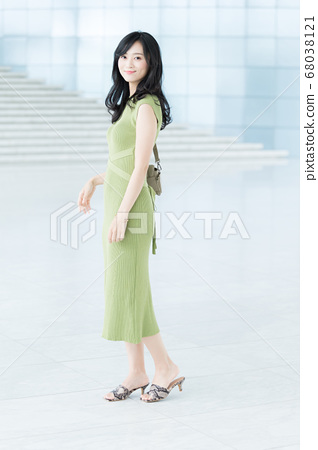 一件一件的女商人 68038121