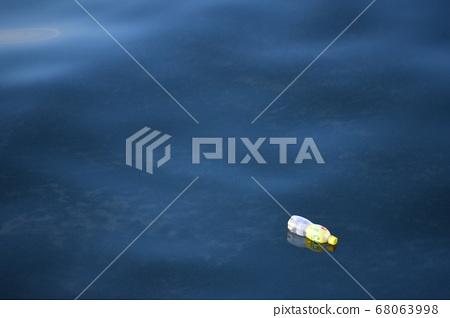 마이크로 플라스틱 68063998