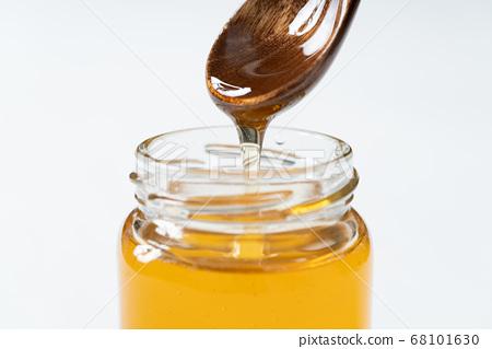 湯匙蜂蜜 68101630