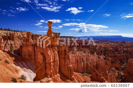 Bryce Canyon 68136007