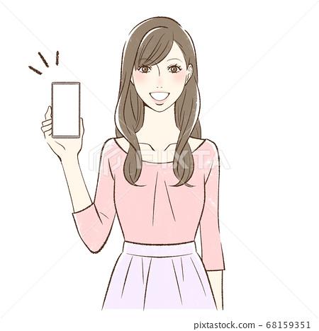 面對前面帶著微笑在她的智能手機屏幕上的女人 68159351