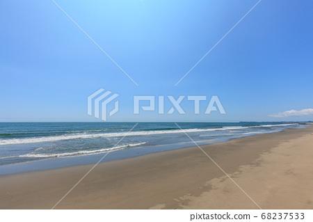 여름을 맞이한 쿠쥬 쿠리 해안 이리 도시 중리 해수욕장 부근 68237533