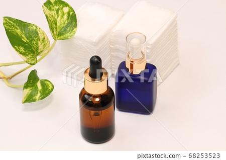 Essence liquid 68253523