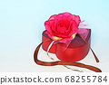 Rose flower and heart box 68255784