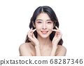 Beauty Portrait Of Young Asian Woman 68287346