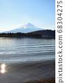 山梨縣川口湖附近的富士山風光 68304275