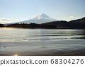 山梨縣川口湖附近的富士山風光 68304276
