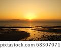 Ariake Sea and sunrise time 68307071