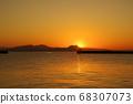 Breakwater and sunrise over Ariake Sea 68307073