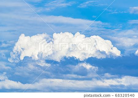 여름 구름 이미지 68320540