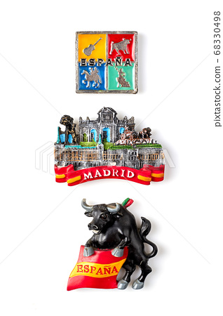 Three miniature souvenirs from spain and madrid. 68330498