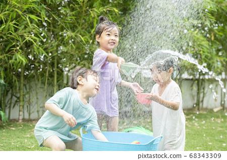 生活方式,孩子,水上游戲 68343309