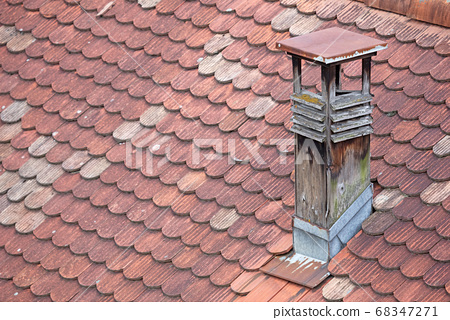 Old wooden chimney and roof 68347271