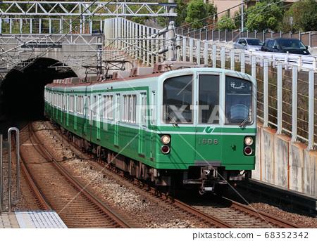고베 지하철 이카와 다니 역의 1000 계 전동차 68352342