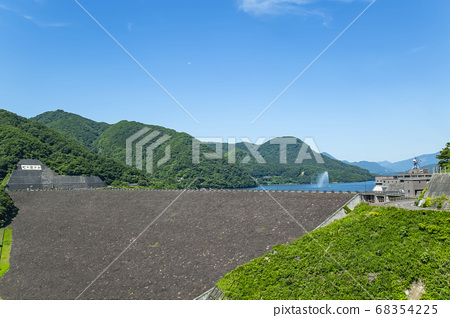 7 숙소 댐 7 숙소 호수 물과 역사의 관 68354225