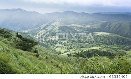 七星山俯瞰北海岸的優美景緻 68355405