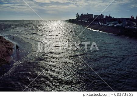 台灣人島般的海濱景觀。 68373255