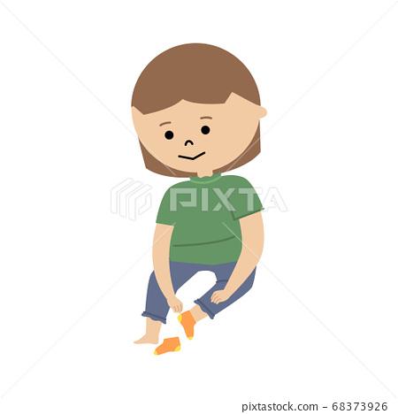 一個女孩穿著襪子的插圖 68373926